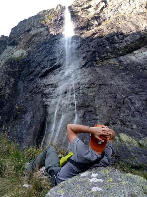 longhorns-waterfall